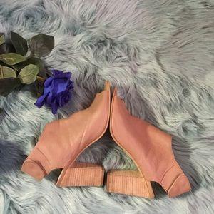 💎Steve madden nonstp nude leather stacked heel